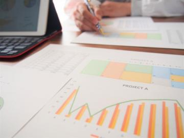 事業計画の立て方。業績アップにつながる考え方について