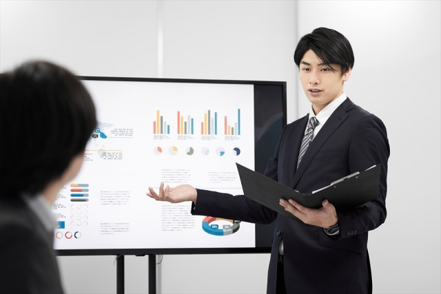 presentation-businessman.jpg